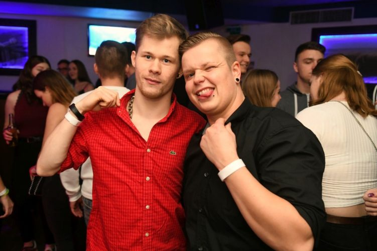 Letzte Sharks Club Party 008