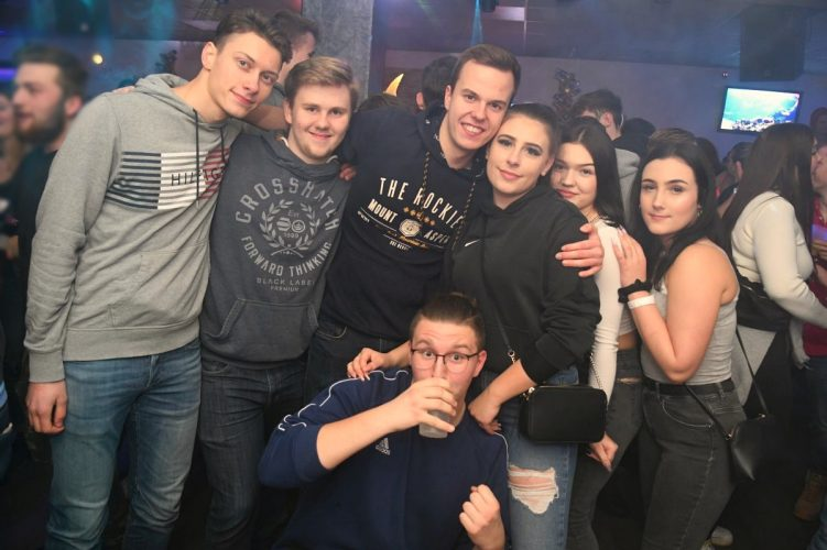 Letzte Sharks Club Party 037