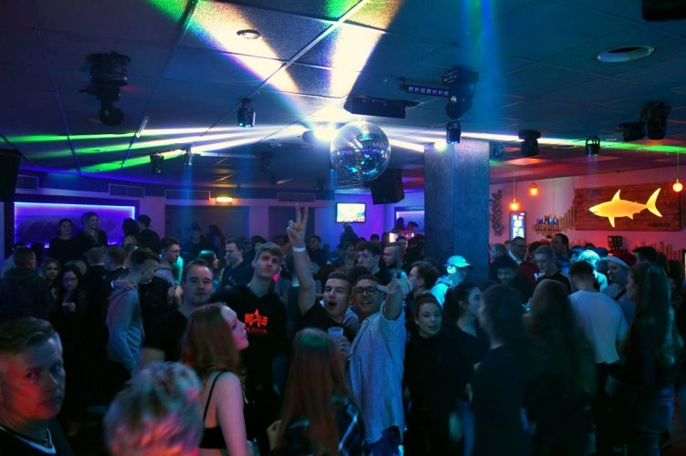 Letzte Sharks Club Party 066