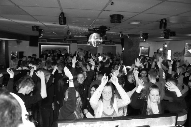 Letzte Sharks Club Party 114